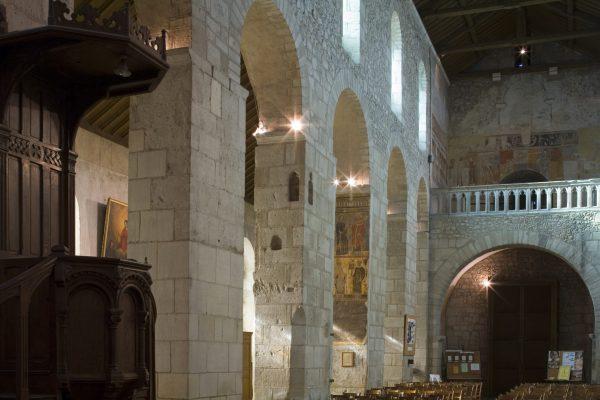 Église d'Ébreuil © J. Mondière - CDT Allier
